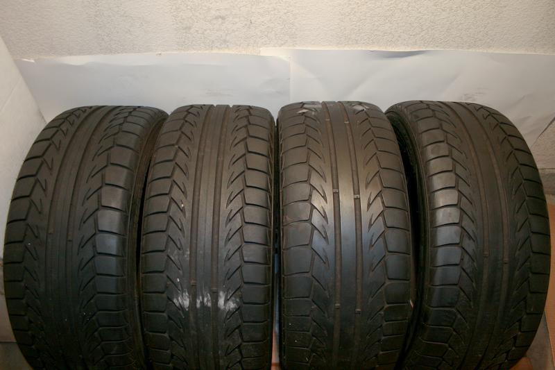 bugatti tires 28 images bugatti veyron wheels and. Black Bedroom Furniture Sets. Home Design Ideas